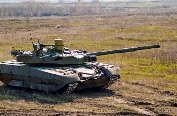 Танк Т-84У Оплот. Двигатель. Вес. Размеры. Вооружение