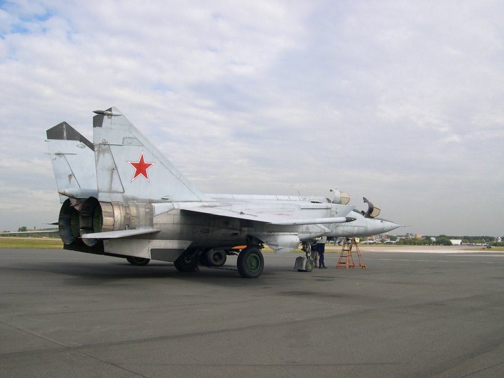 Mig 25 on Flight Line 2