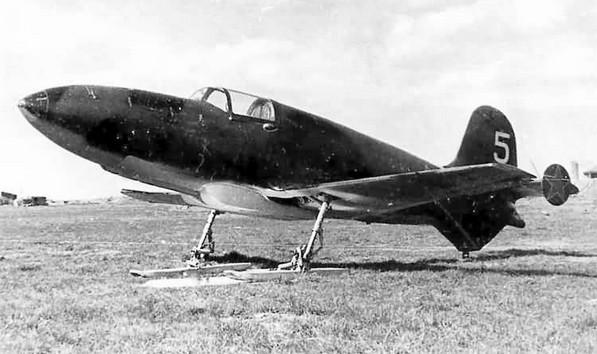 «БИ» - ракетный истребитель