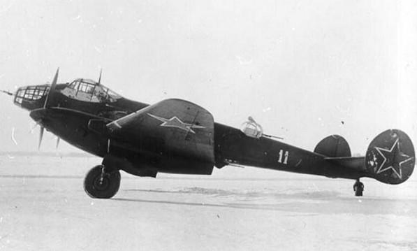 Ер-2 (ДБ-240) - дальний бомбардировщик
