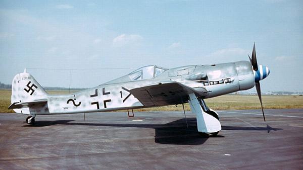 Фокке-Вульф Fw 190 - истребитель люфтваффе Второй мировой войны