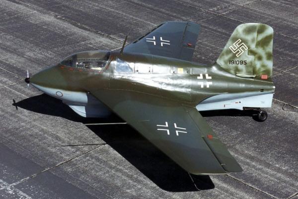 """Мессершмитт Ме 163 """"Комета"""" — немецкий ракетный истребитель"""