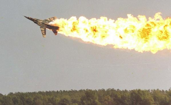 Катастрофа МиГ-23 во время показательного выступления