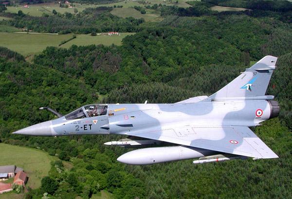 """""""Мираж"""" 2000 D/N многоцелевой истребитель ВВС Франции"""