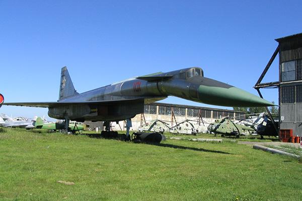 Т-4 («100») - опытный бомбардировщик-ракетоносец