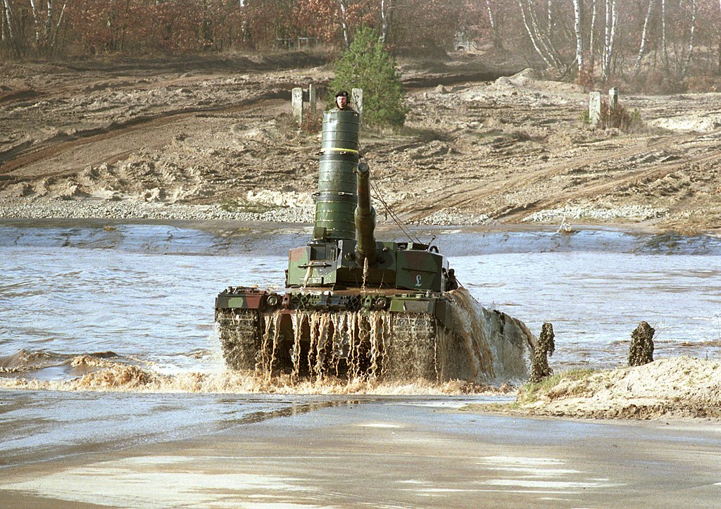 German Leopard 2A4 with turret snorkel, 2010