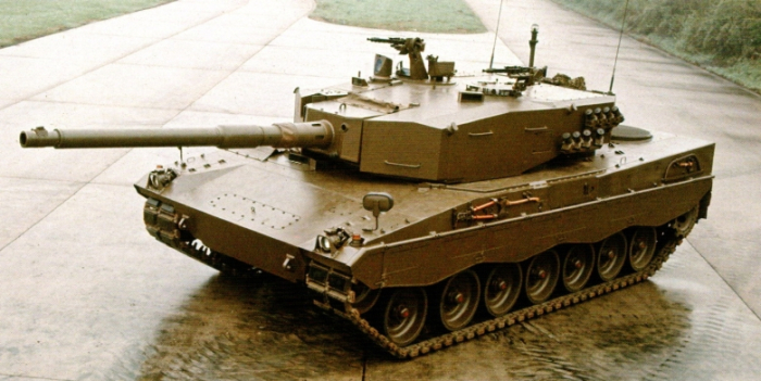 Leopard 2AV Prototype 19 with Turret number 19 with 105mm cannon Royal Ordnance L7A3