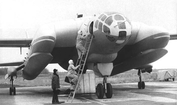 ВВА-14 - вертикально взлетающий самолет-амфибия