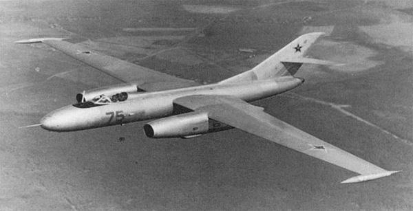 Як-25РВ - высотный разведчик