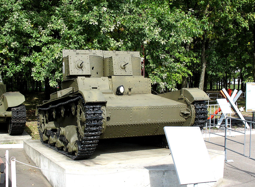 T-26 mod. 1931 with riveted hull and turrets. Central Museum of the Great Patriotic War in Moscow, Russia. 2008