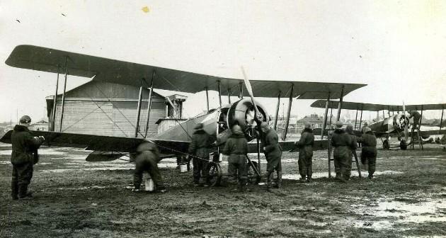 У-1 - учебно-тренировочный самолет
